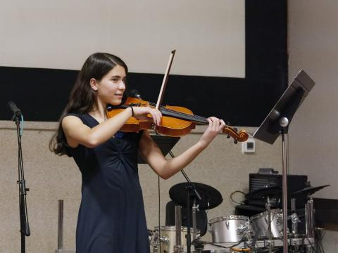 Thora Spence, 14, 9th grade student of Susan Shor plays for Derek Reeves